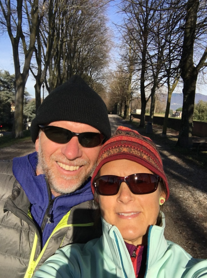 Christmas morning walk in Lucca