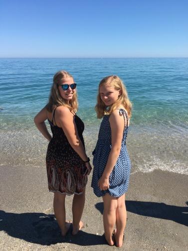 Sundress girls