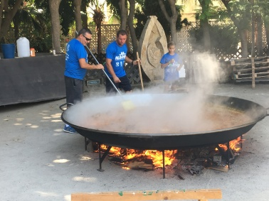 The biggest paella ever!