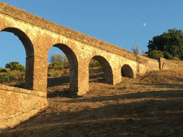 The aquaduct at early moonlight